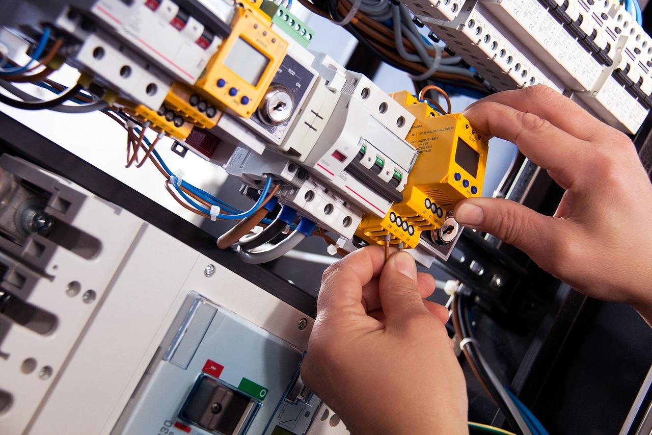 Co se může stát, pokud nebudeme provádět pravidelné revize elektro instalace