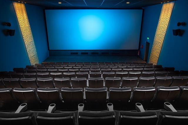 prázdný sál v kině