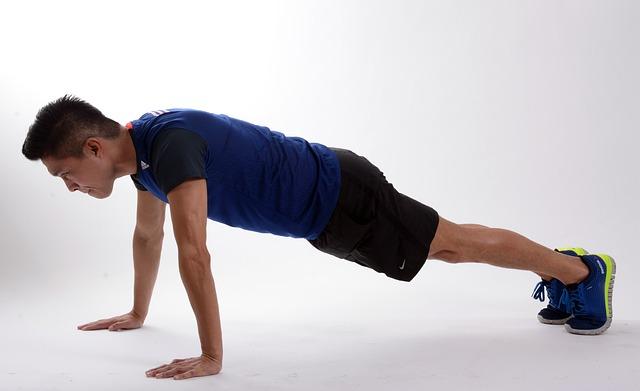 cvičící muž.jpg