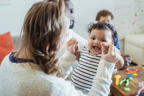 Jak vybrat vhodnou hračku pro dítě a co všechno při výběru může rozhodovat?
